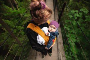 w czym nosic niemowle