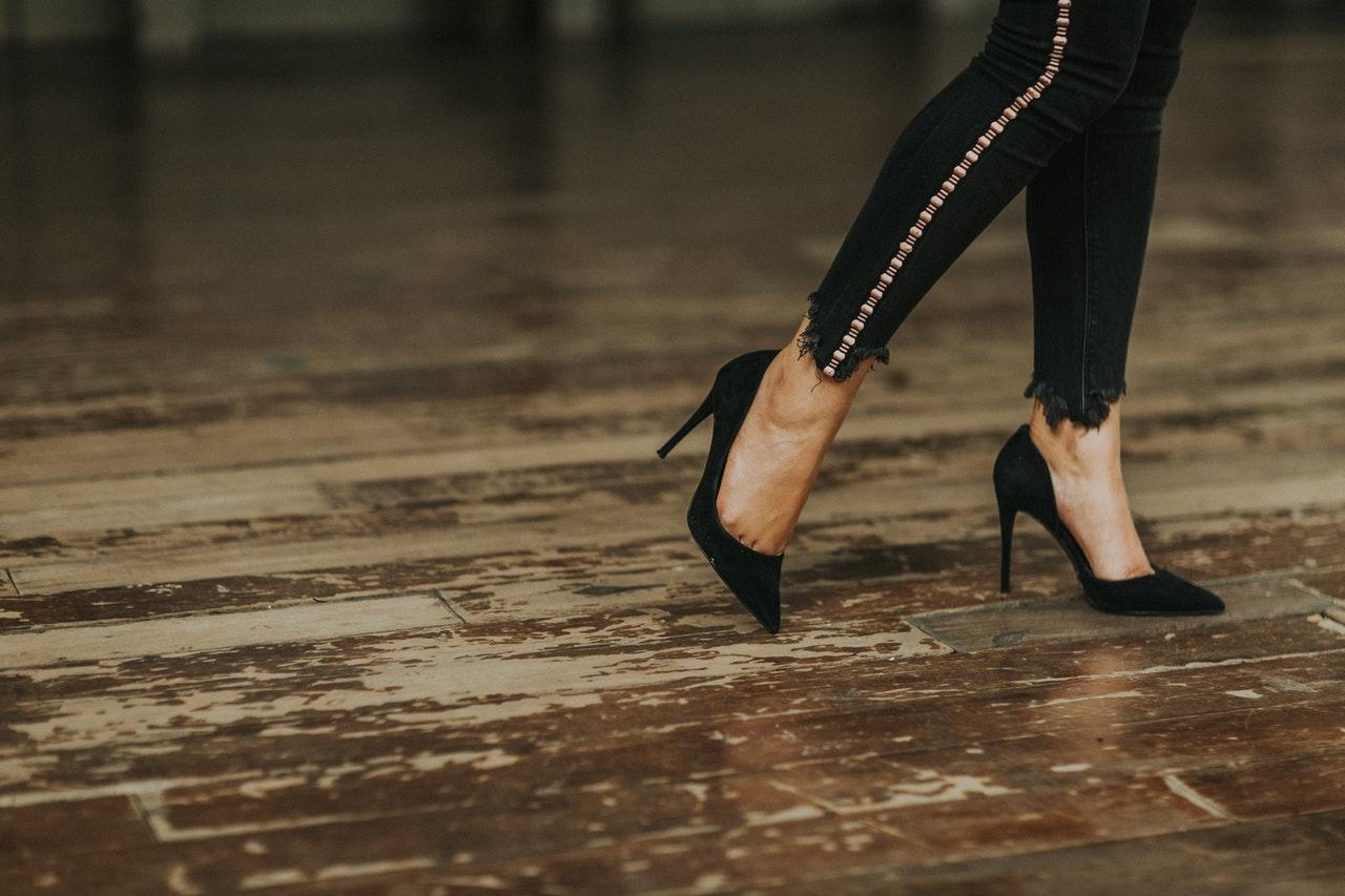 dlaczego po ciąży zmienia się rozmiar stopy